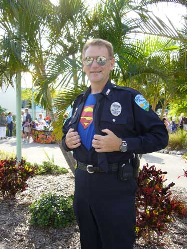 Holmes Beach Police Officer Pete Lannon